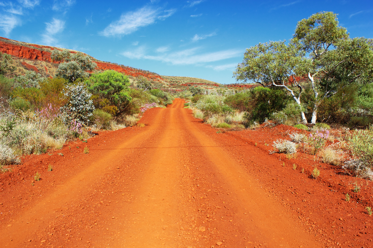 Dirt Road leading through Karijini National Park, Mount Nameless
