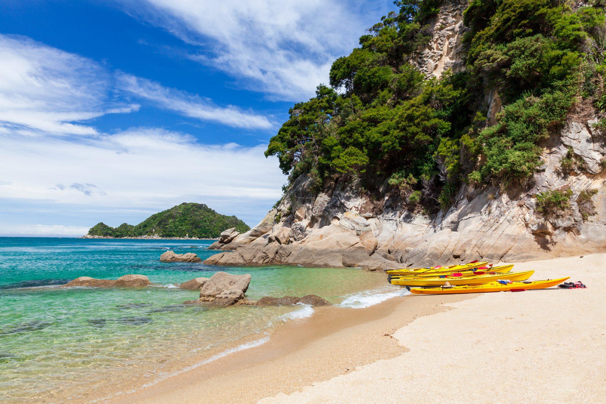 Paradise beach in Abel Tasman National Park, New Zealand